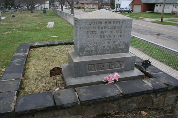 Tombstone of John Knisely, founder of New Philadelphia, Ohio